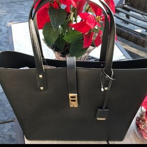 Michael Kors Large Leather Tote❤️🎄❤️🎄